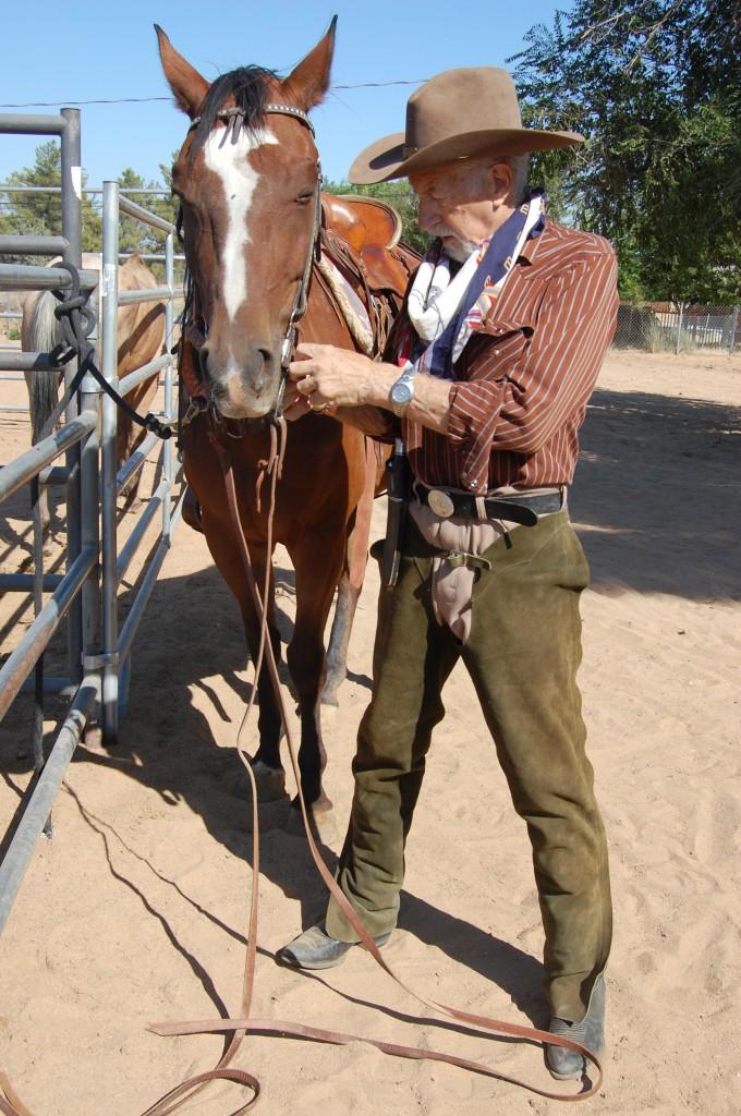 Gérald Forton dans son ranch aux USA, en 2011.