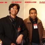 Didier Mada et Luc Razakarivony, auteurs appartenant à l'association Sary 92.