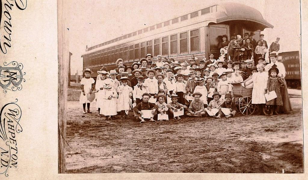 """Un """"train des orphelins"""" en 1914"""