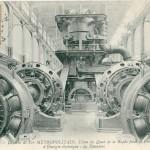 Une source d'inspiration : vue du chemin de fer métropolitain, usine du Quai de la Rapée pour la production d'énergie électrique : les Dynamos (carte postale oblitérée en 1906)