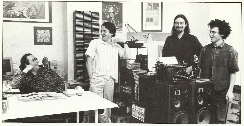 L'atelier de Tome (assis), Janry (à sa droite) et Stuf (le chevelu et barbu encore à sa droite).