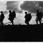 Australiens et Anglais du 8ème Bataiilon lors de la troisième bataille d'Ypres, débutée le 31 juillet 1917)