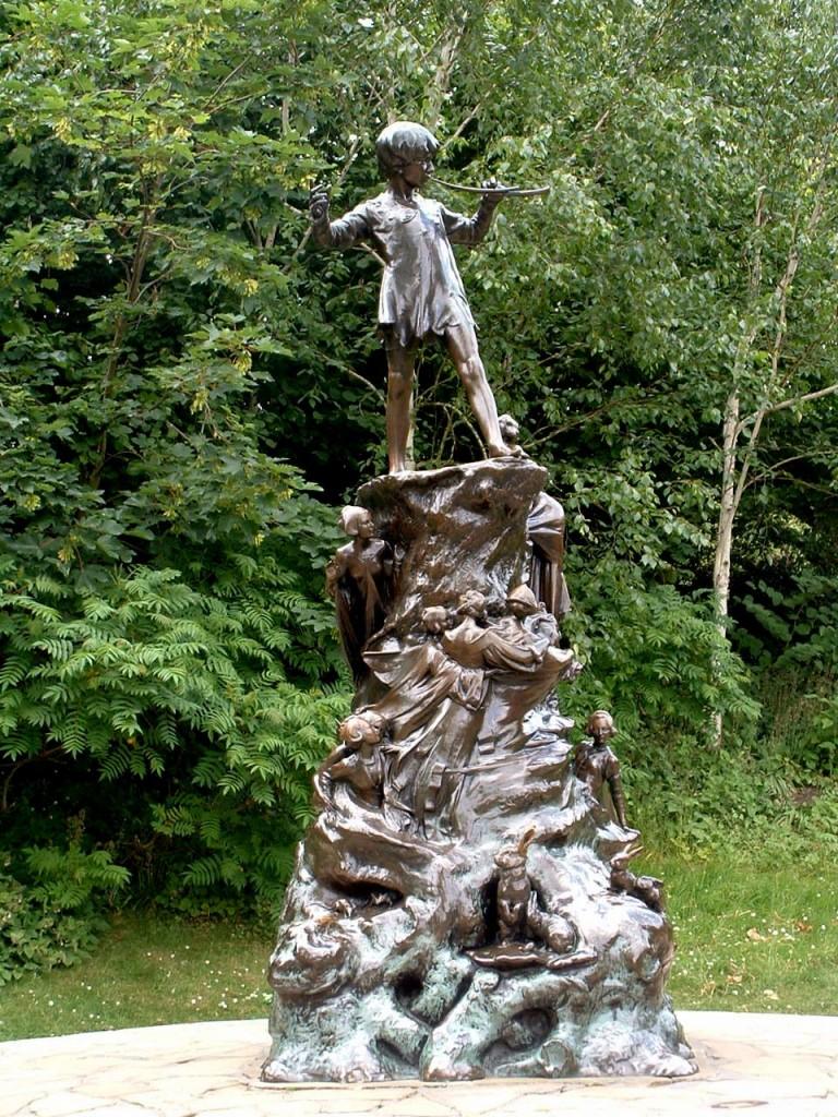 La statue de Peter Pan à Kensington Square