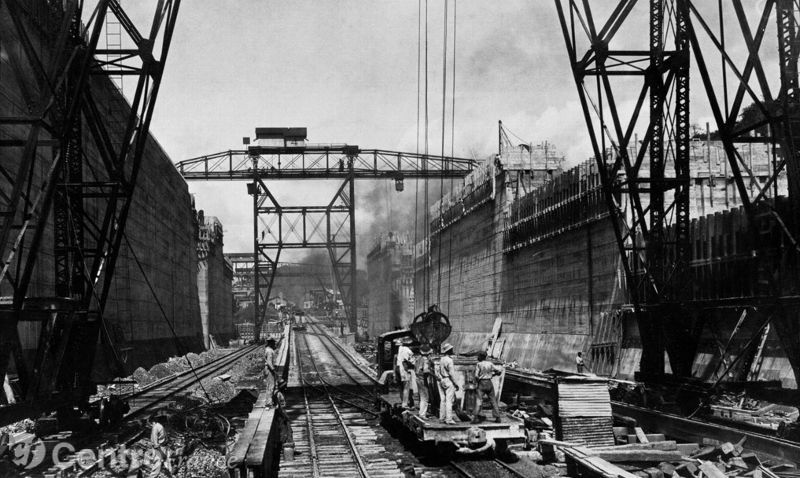 Les titanesques écluses du canal du Panama