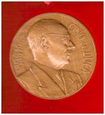Monnaie de Paris : médaille commémorative de la vie et de l'oeuvre de Cino Del Duca.