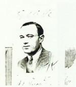Photographie de Cino Del Duca insérée dans son dossier au Casellario politico centrale, en date de 1930.
