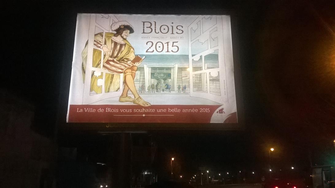 Photo de l'affiche réalisée par Annie Goetzinger pour les vœux du maire de la ville de Blois en 2015, avec François 1 et, au fond, la toute nouvelle Maison de la BD.
