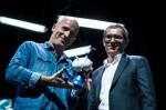 Étienne Davodeau, Benoît Collombat et leur Fauve d'Angoulême – Prix du public Cultura © 9eArt+, photo Jorge Fidel Alvarez