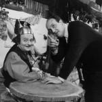 Avec René Goscinny, sur le plateau d'une émission de télé, en 1967 : un sketch nommé « Deux Romains en Gaule ».