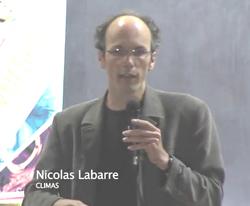 1' : Nicolas Labarre, maître de conférences en civilisation américaine à l'Université de Bordeaux.