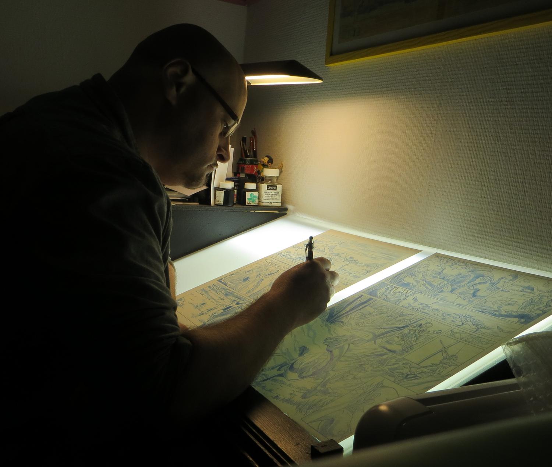 Nathaniel Legendre  en son atelier