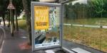 Une grande campagne de communication à la hauteur de l'événement a été mise en place sur la région Normande. Ici, à Caen, proche du mémorial.