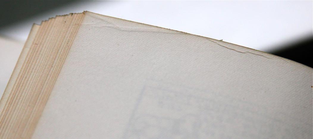 On retrouve les plis au même endroit sur les 2 types d'albums A21 et A22.