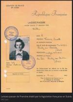 Le laisser-passer accordé à Francine en mai 1945
