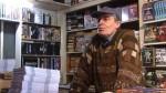 Norbert Moutier dans sa librairie.