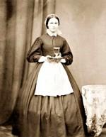 Hélène Jégado, photo (non datée) et estampe représentant une statuette d'Hélène Jégado, créée par P. Bouchinot, qui était vendue au profit des pauvres (1852).