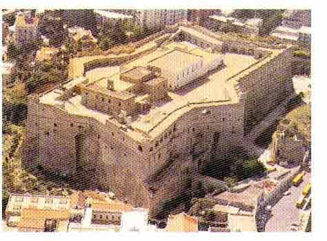 NAPOLI       COMICON.5-6-7 MARS 2004